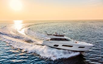 Ferretti Yachts, Ferretti 550