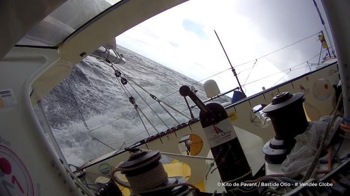 Ocean Południowy zbiera żniwo. Pavant ewakuowany z pokładu. Wycofał się też Josse
